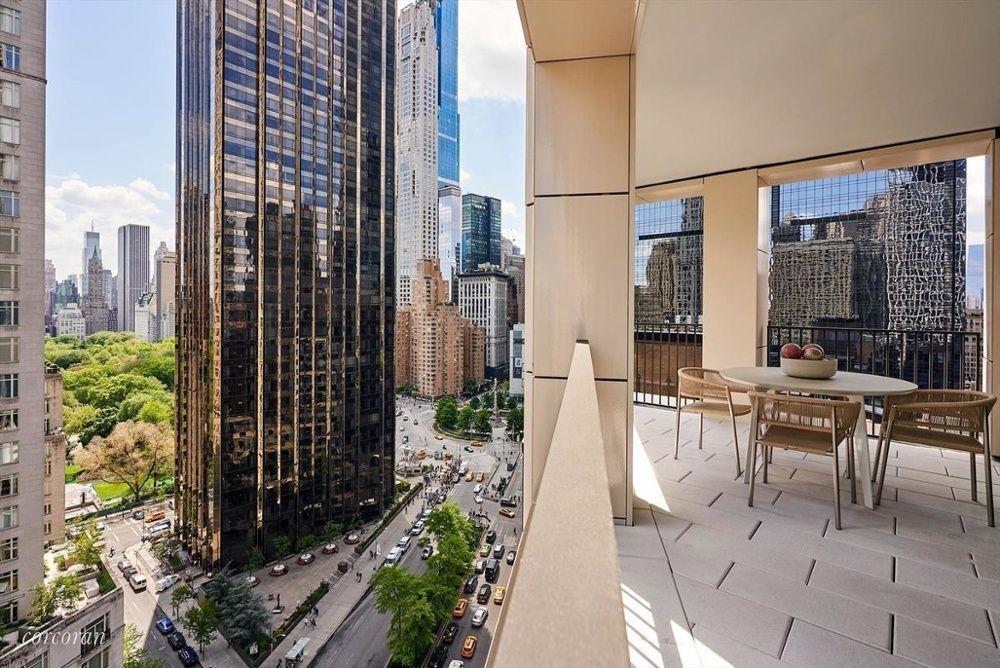 Columbus Circle 出售的公寓紐約-1