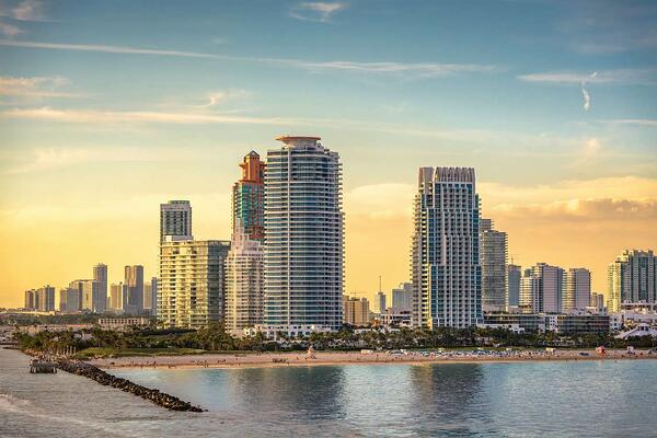 邁阿密海灘或 Downtown Miami 房地產